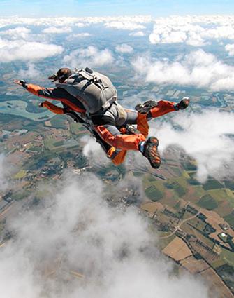 ParachutismeOccitanSaut